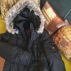 Black parka for petite individuals